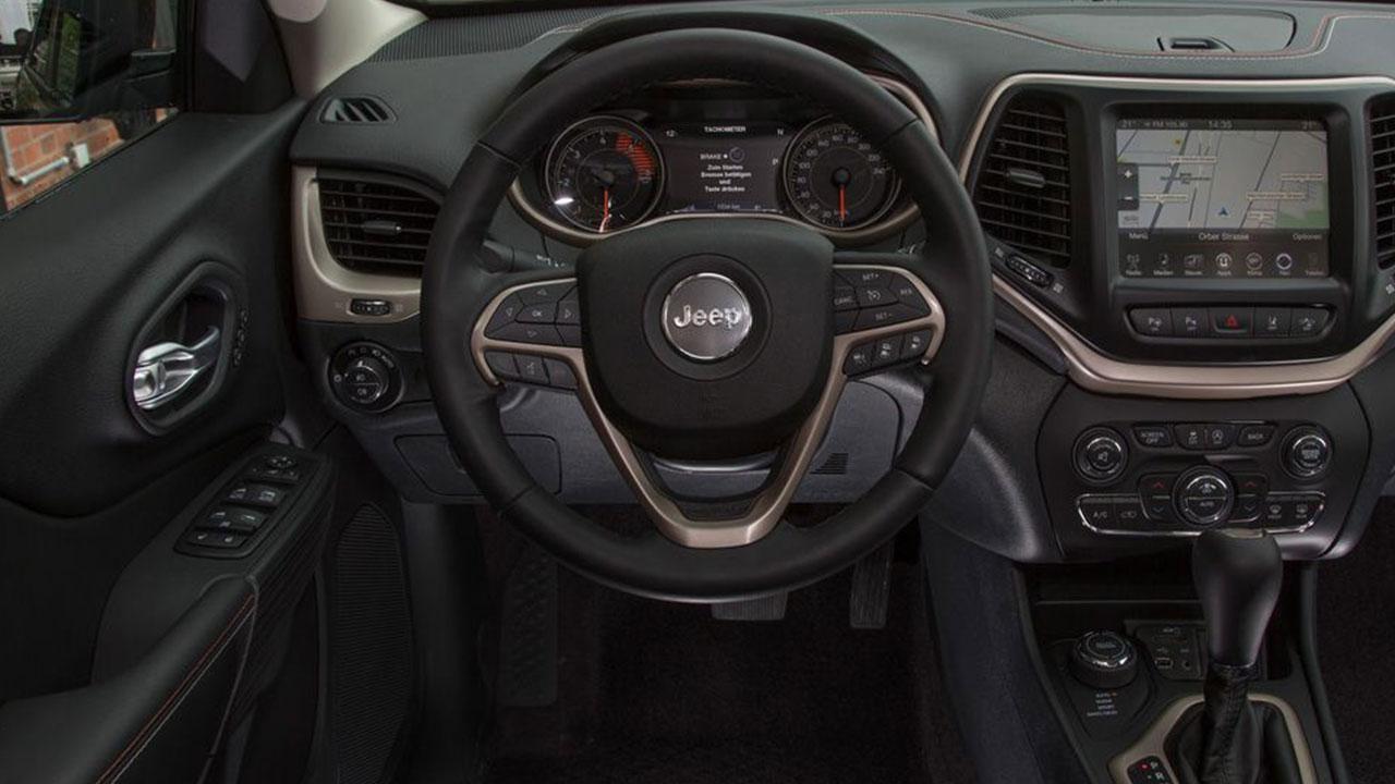 Jeep Cherokee - Cockpit