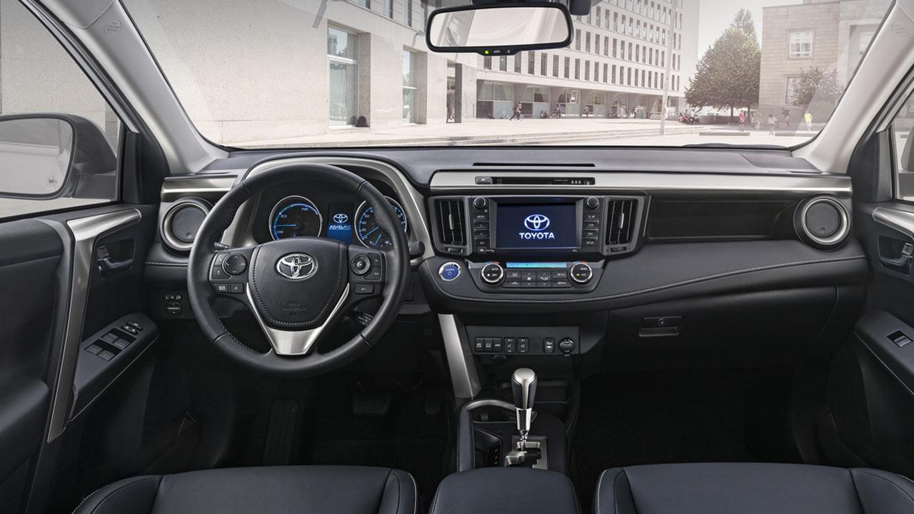 Toyota RAV4 - Cockpit