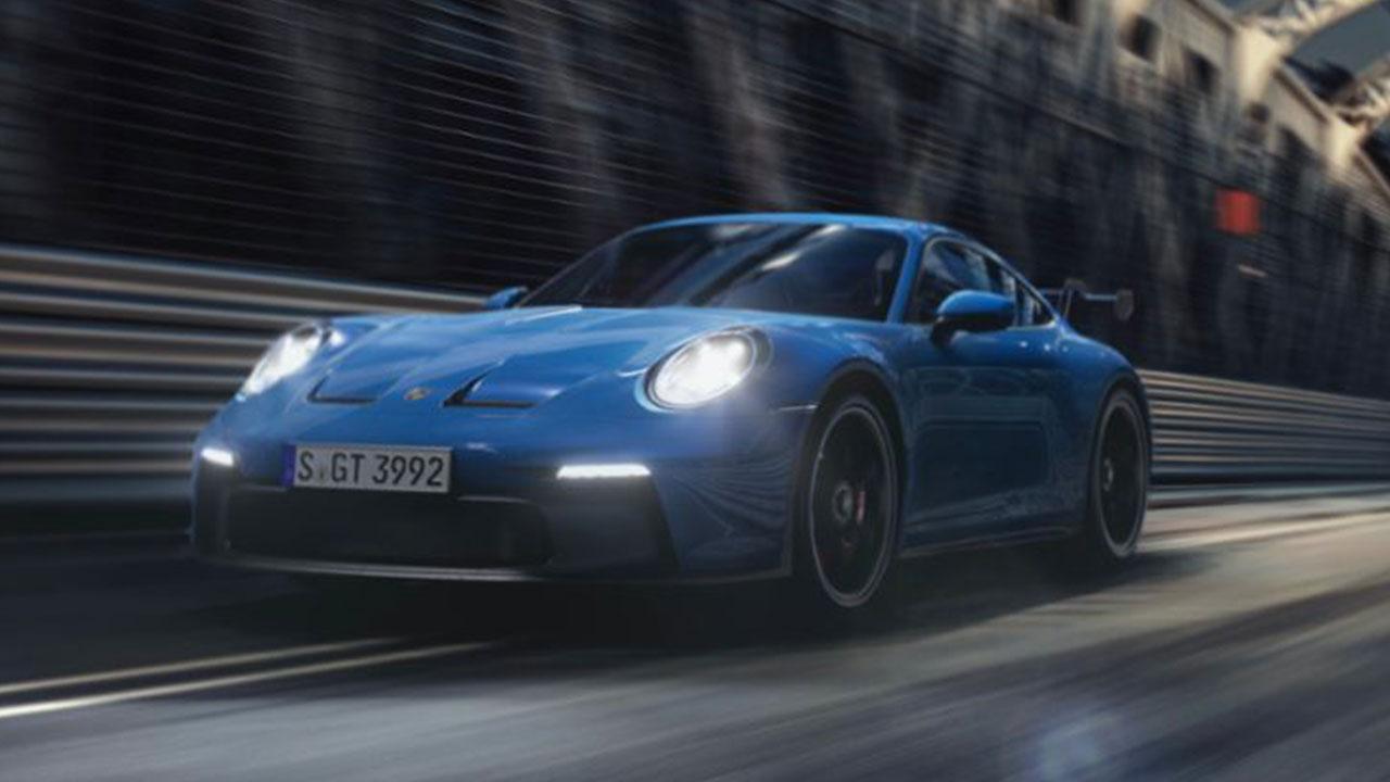 Weltpremiere des neuen Porsche 911 GT3 - auf der Rennstrecke
