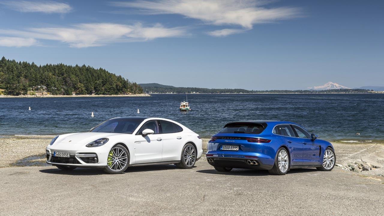 Porsche Panamera Turbo S E-Hybrid - Blau und Weiß