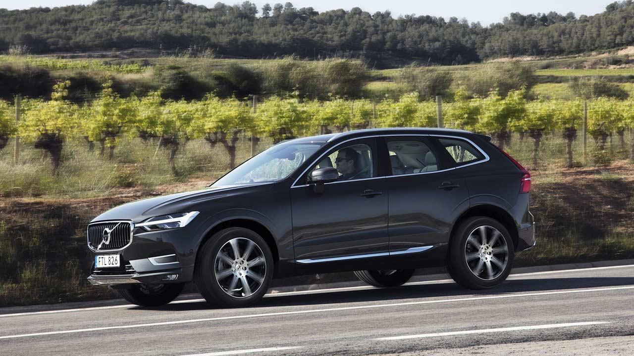 Volvo XC60 - durch die Landschaft
