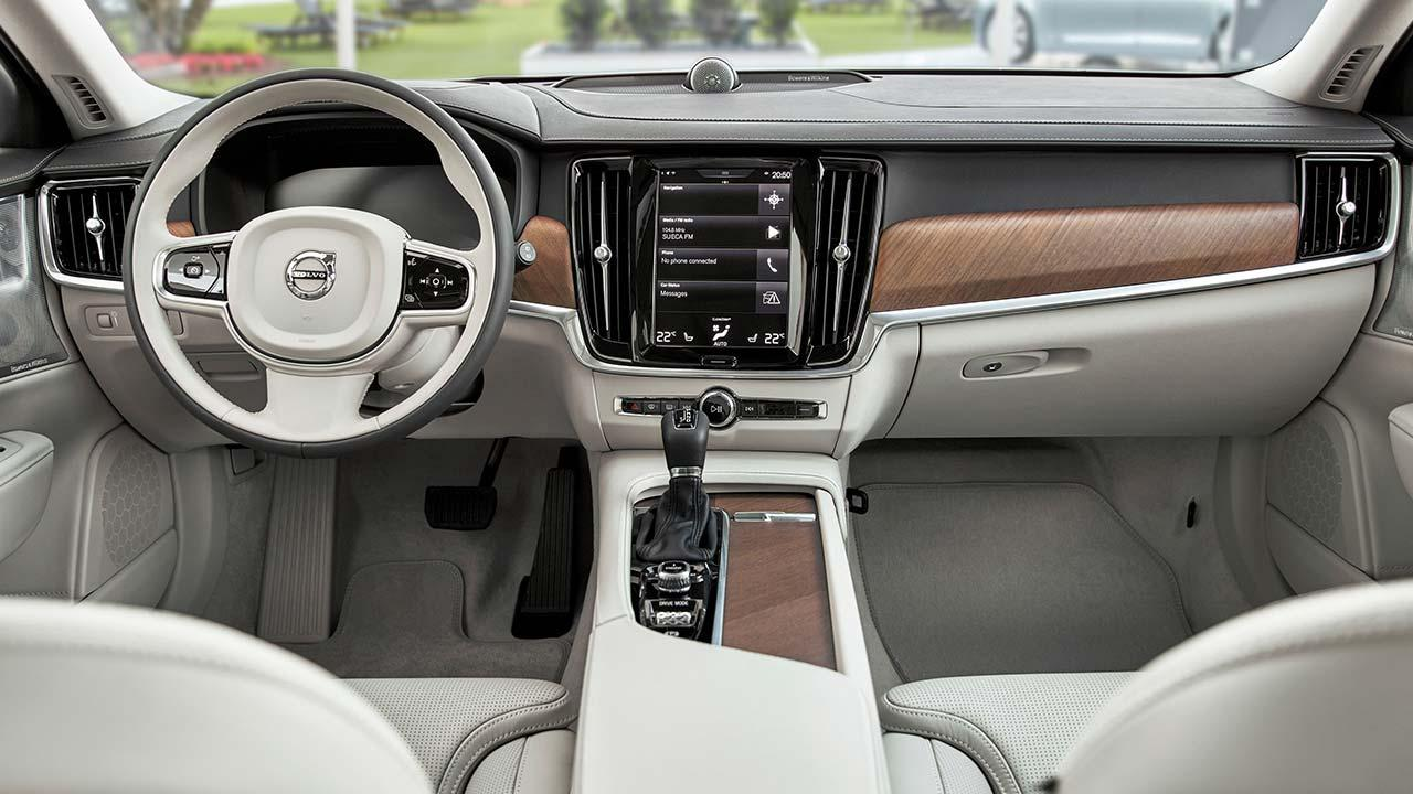 Volvo S90 - Cockpit