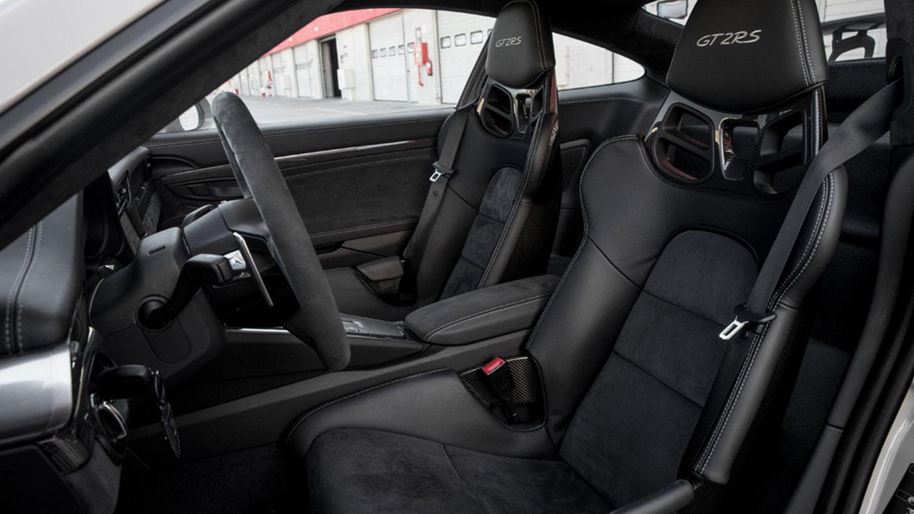 Porsche 911 GT2 RS - Innenansicht