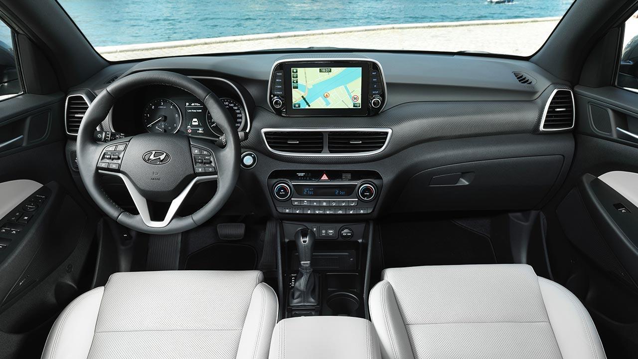 Hyundai Tucson - Cockpit