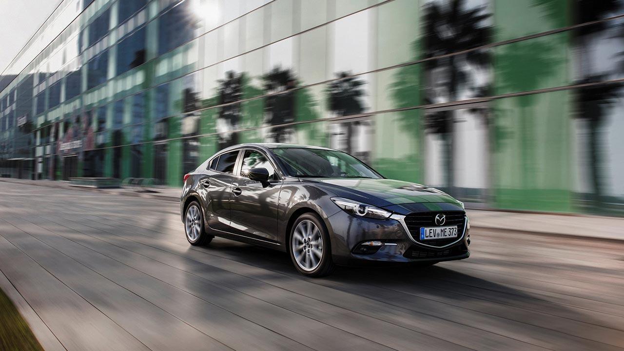 Mazda3 - Limousine in voller Fahrt
