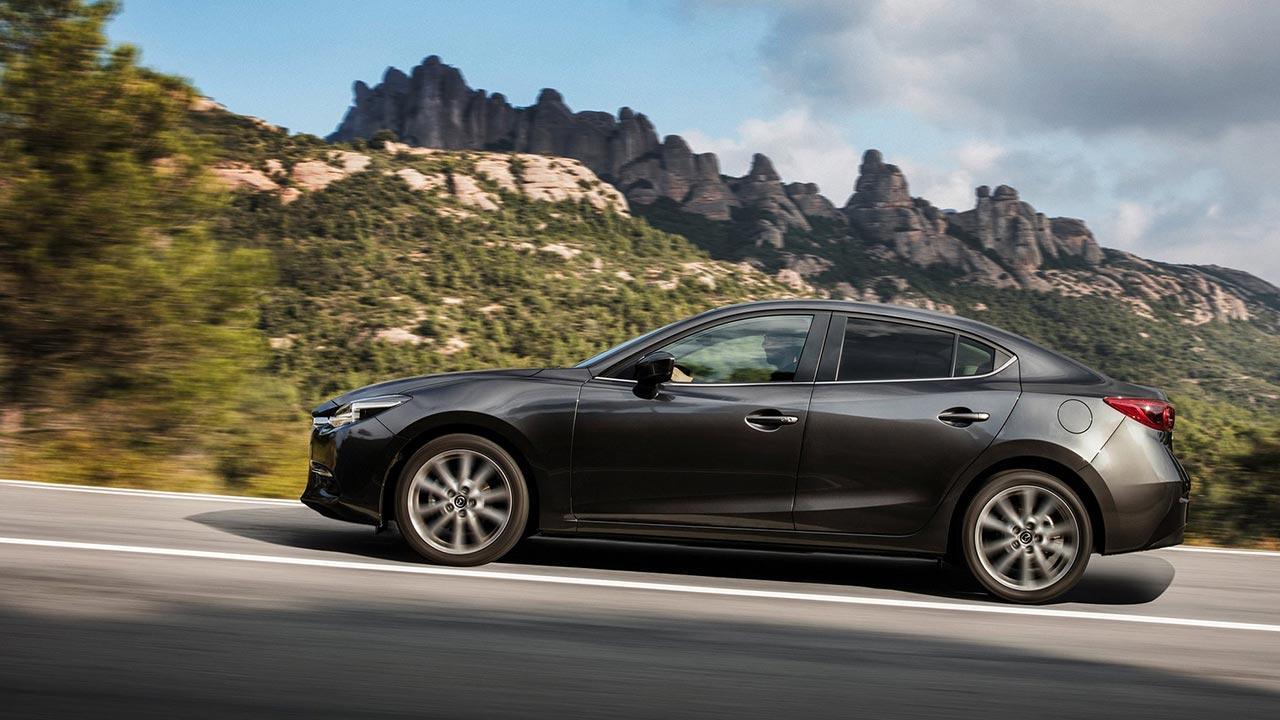 Mazda3 - Limousine Seitenansicht