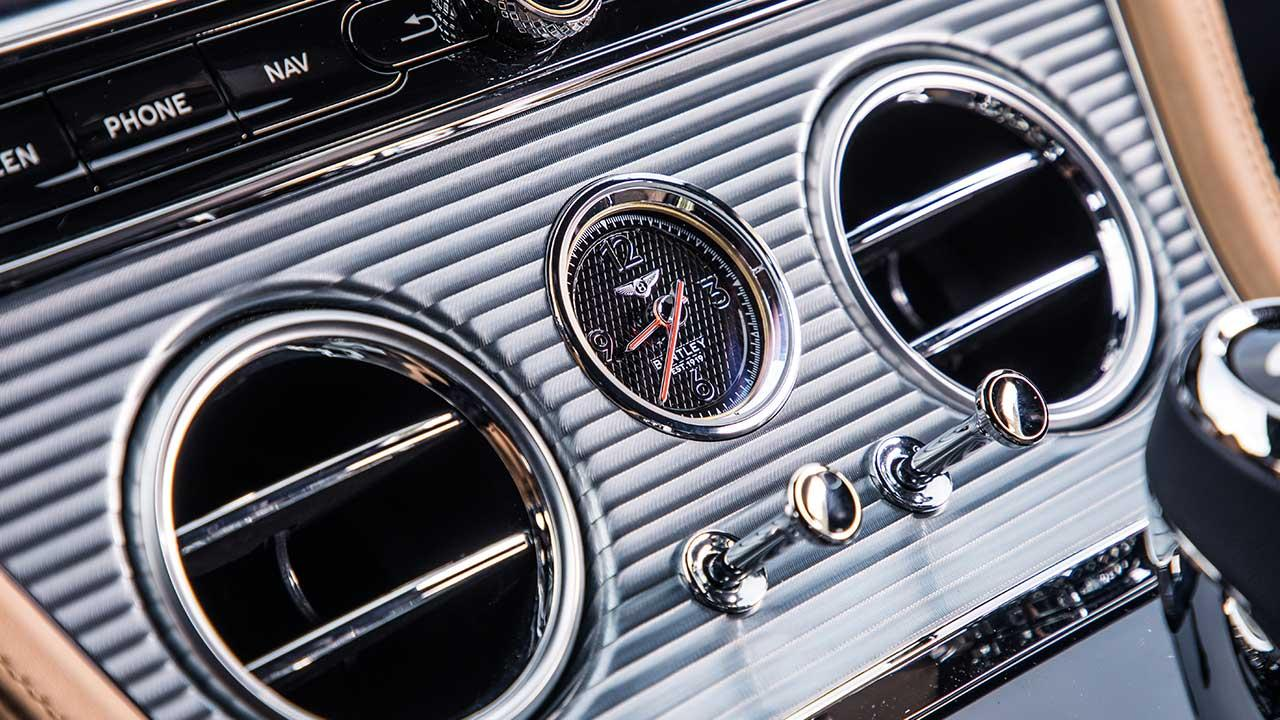 Bentley Continental GT - Armaturenbrett