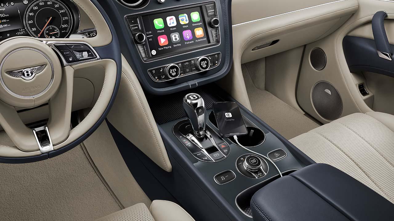 Bentley Bentayga Hybrid - Cockpit