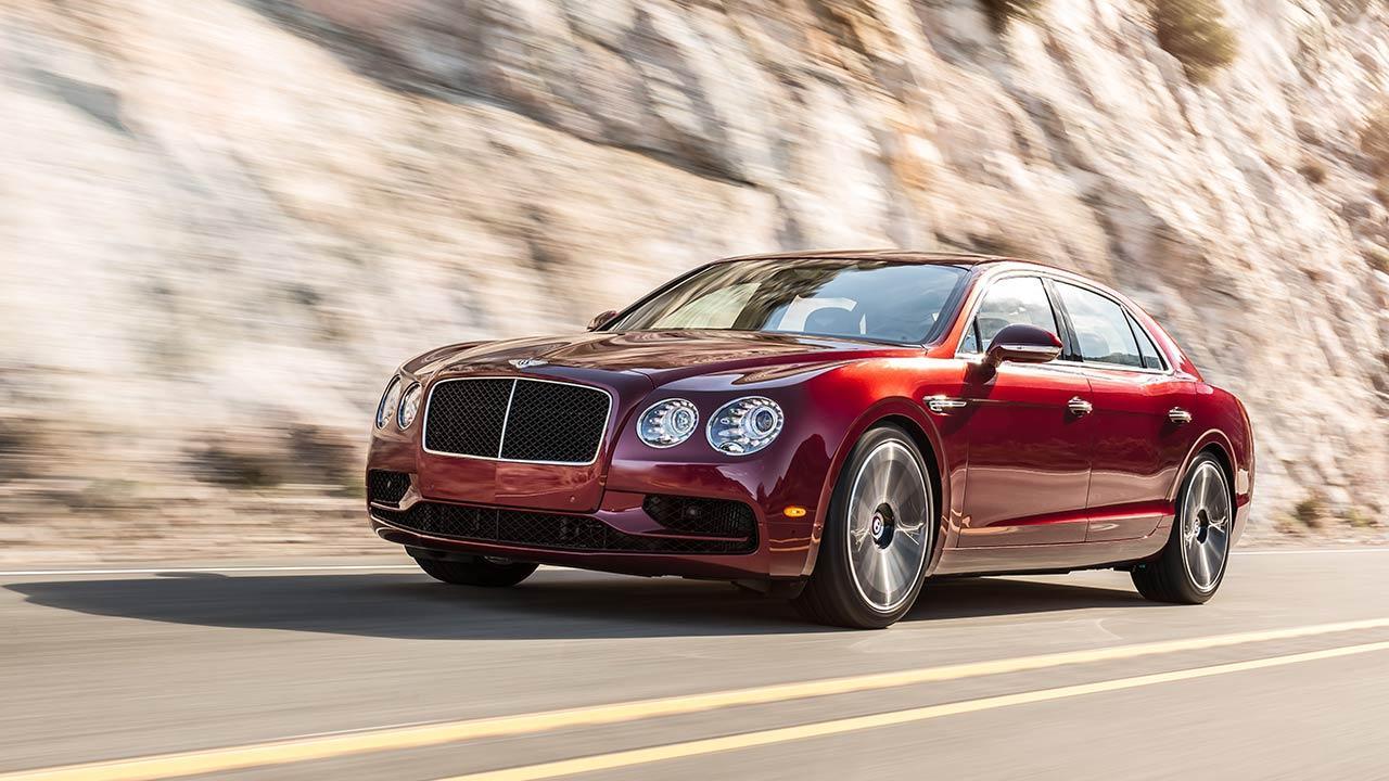 Bentley Flying Spur V8 - seitliche Frontansicht