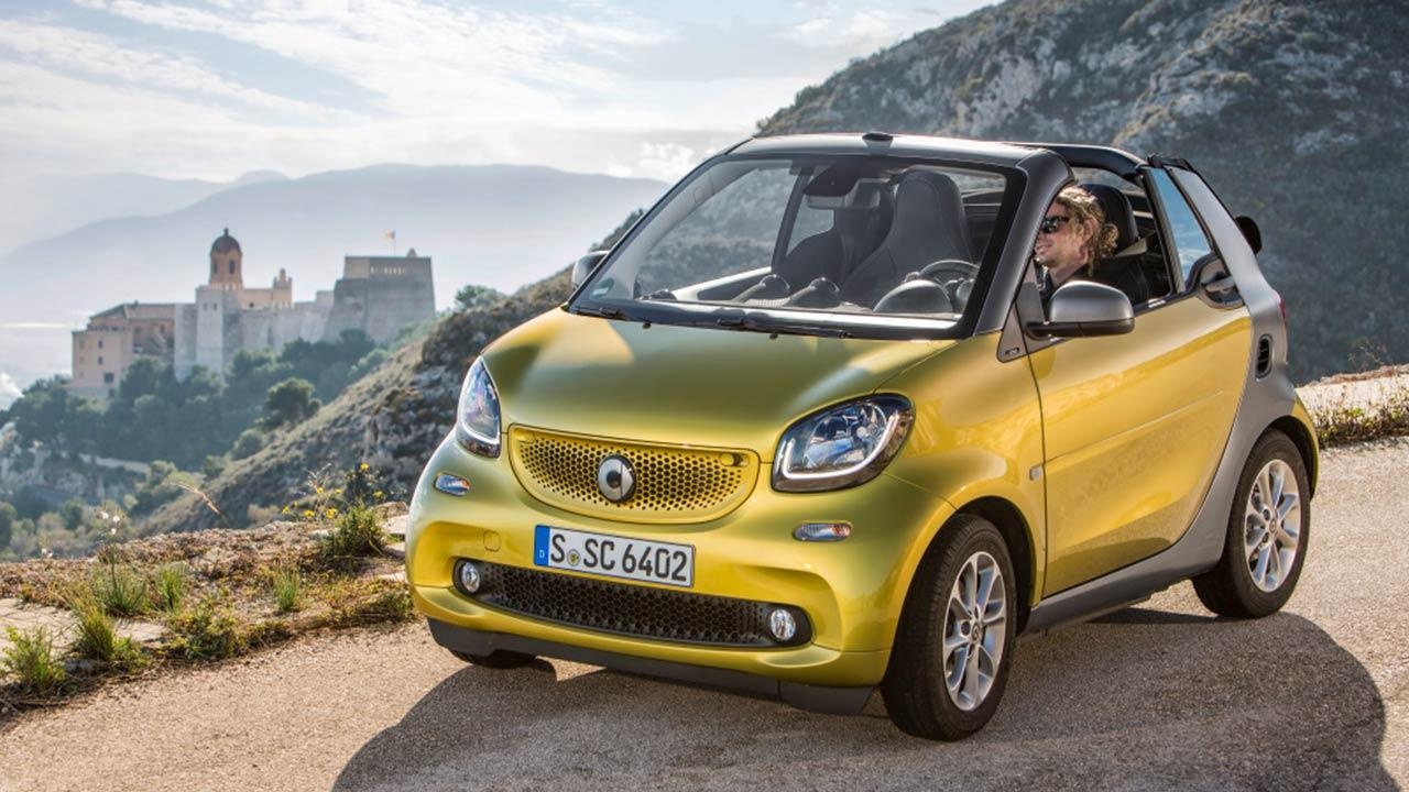 Smart Fortwo Cabrio - Fahrt übers Land
