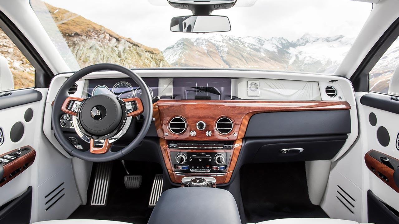 Rolls Royce Phantom - Cockpit