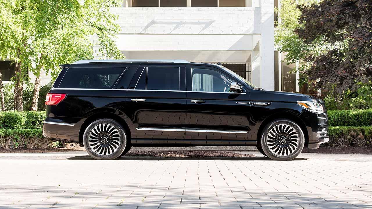 Lincoln Navigator - Seitenansicht