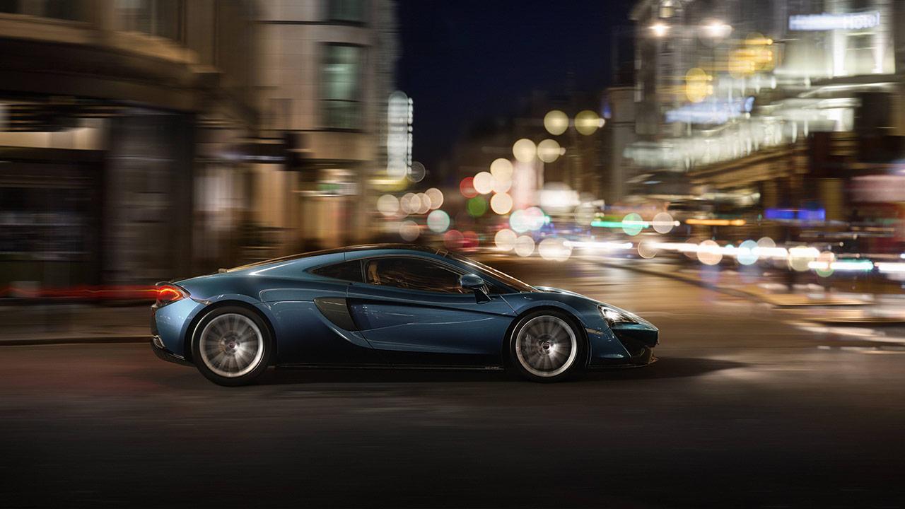 McLaren 570GT - in der Großstadt