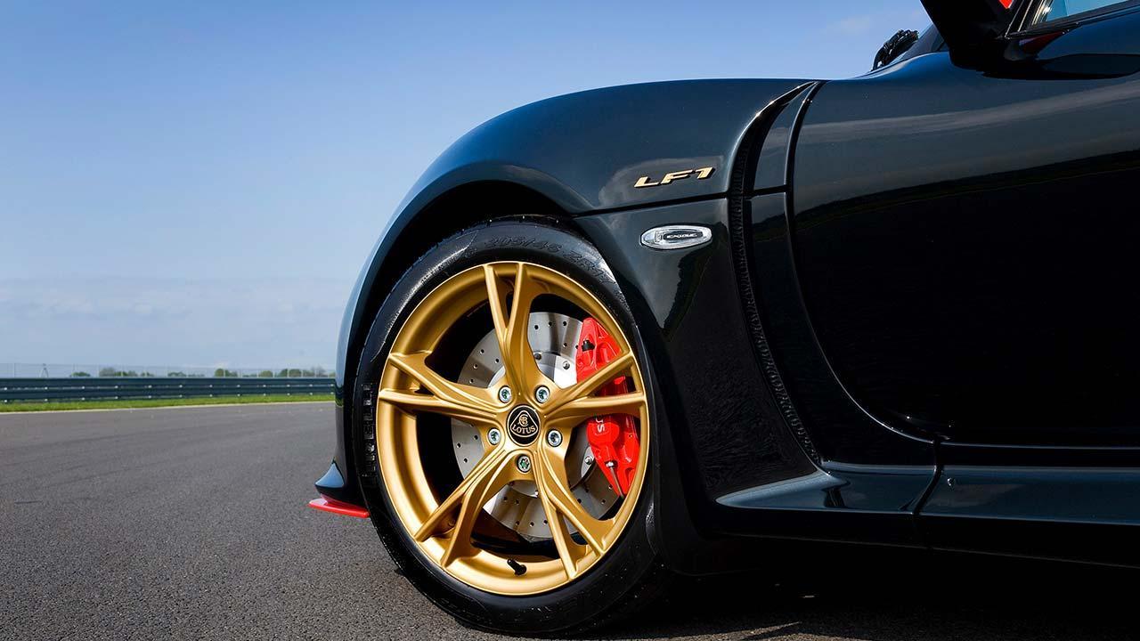Lotus Exige S - Vorderreifen