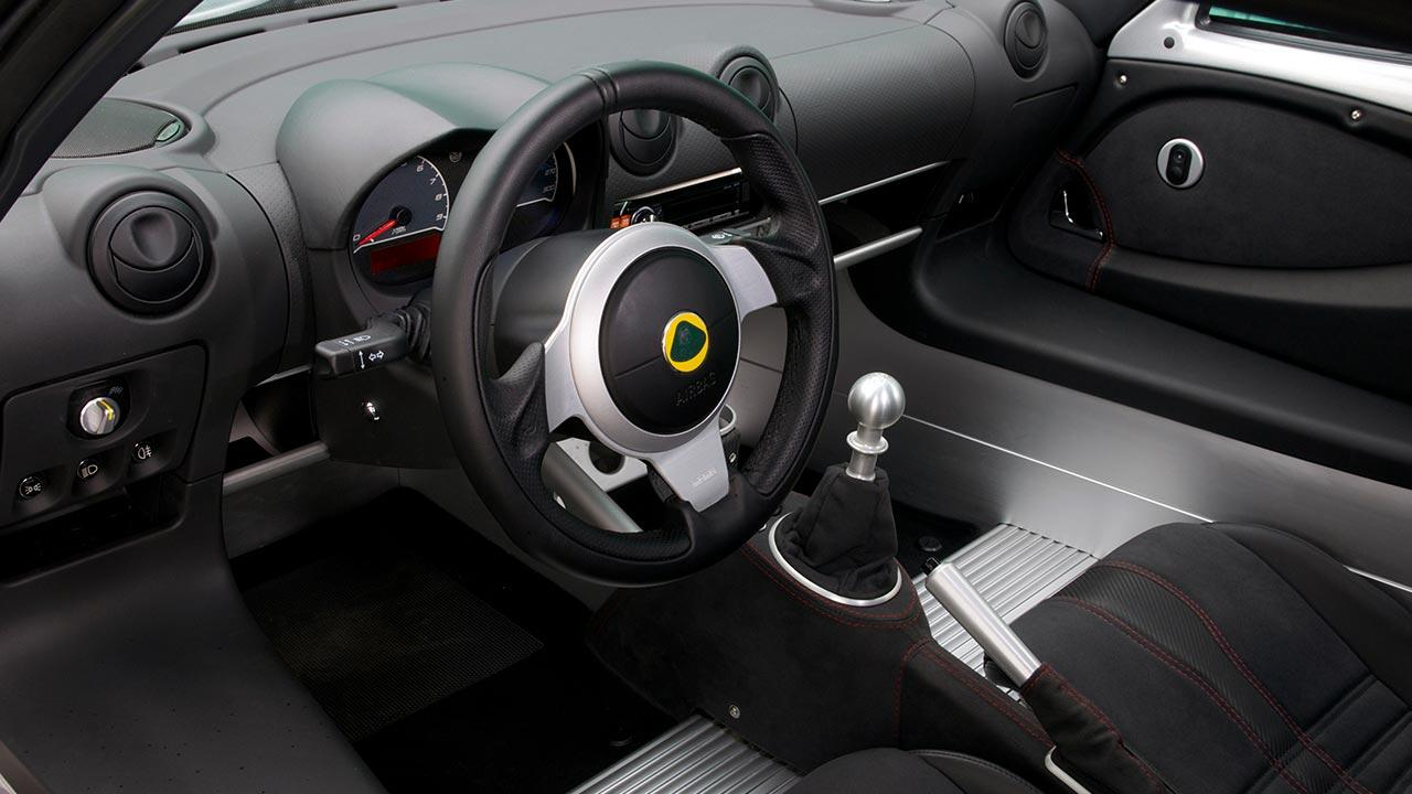 Lotus Exige S - Cockpit