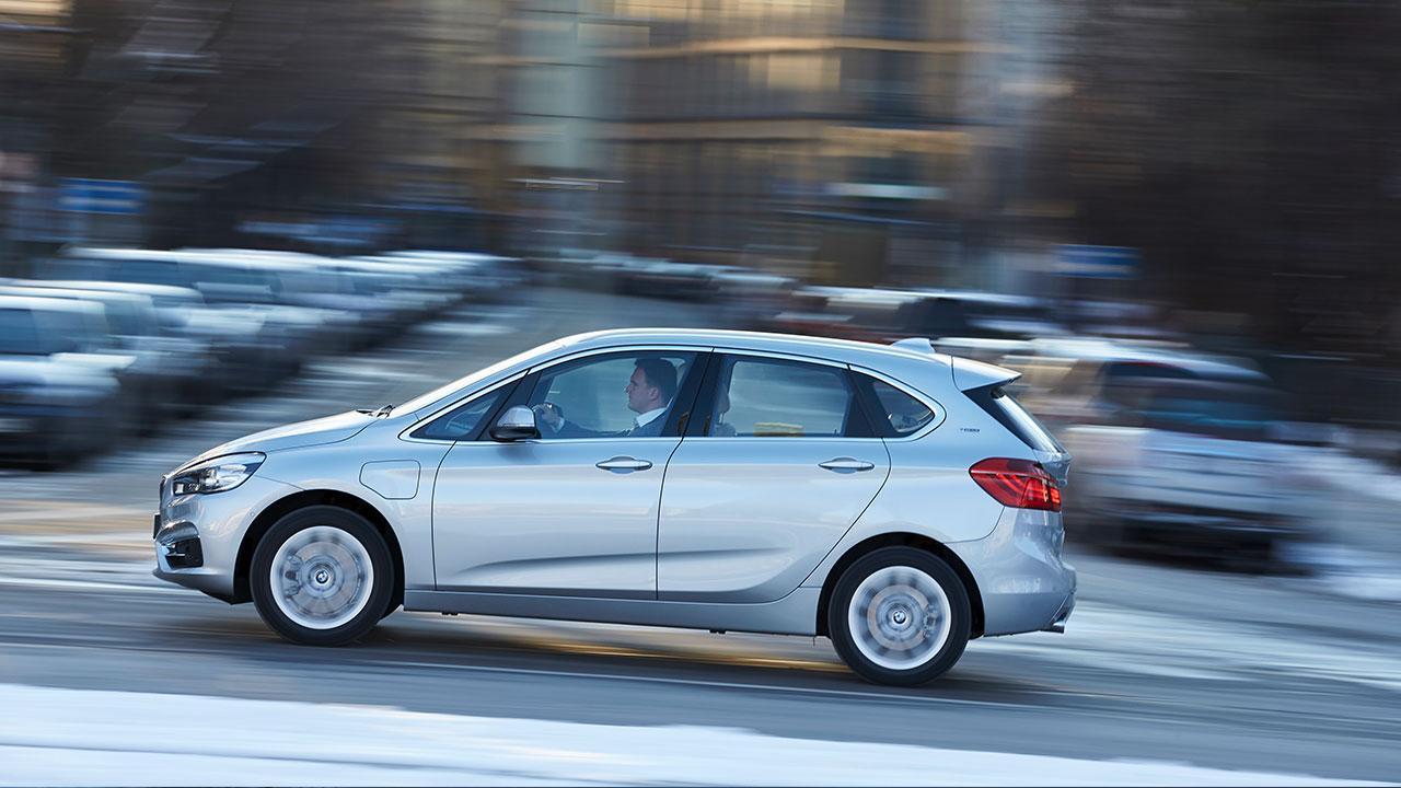 BMW 225xe iPerformance - Seitenansicht