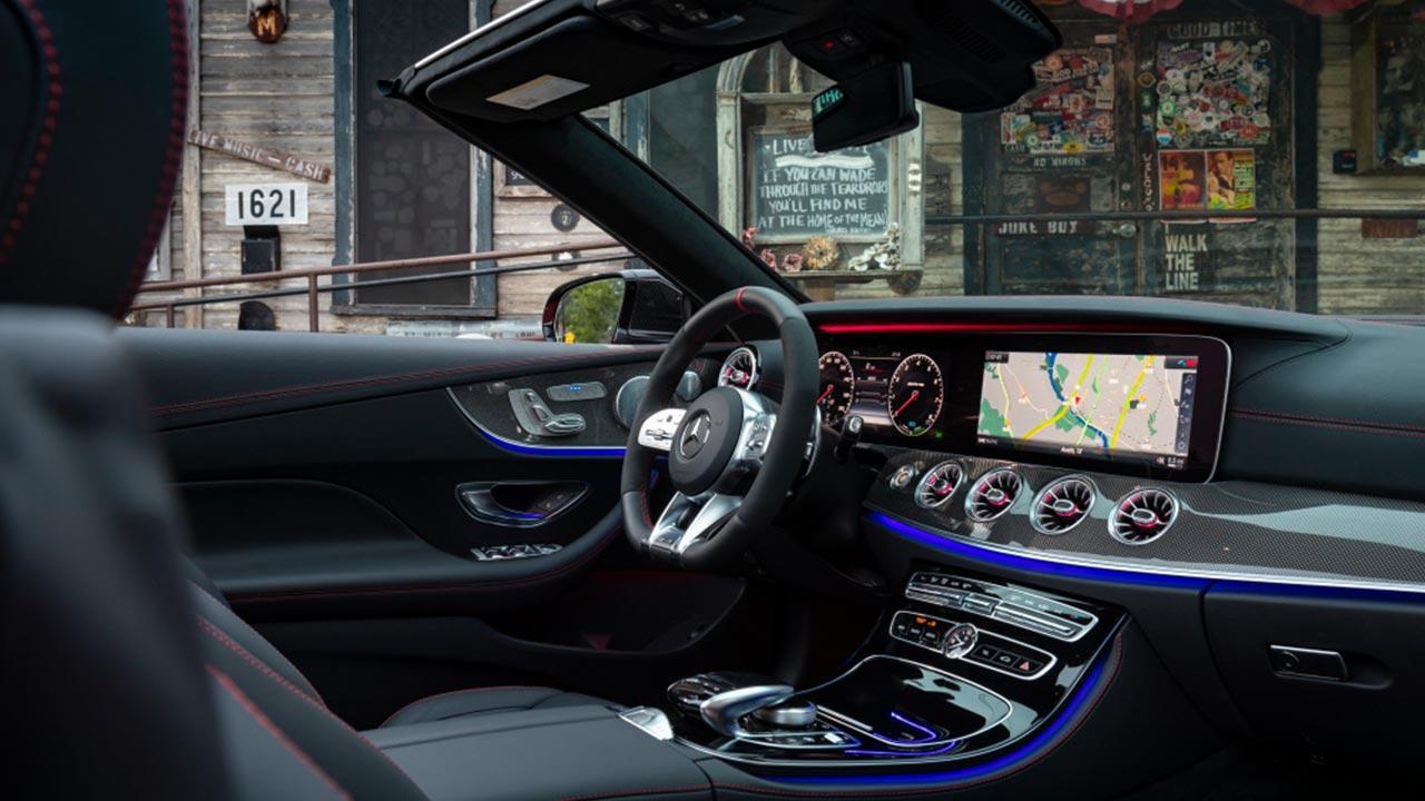 Mercedes-AMG E 53 4MATIC Cabrio - Cockpit