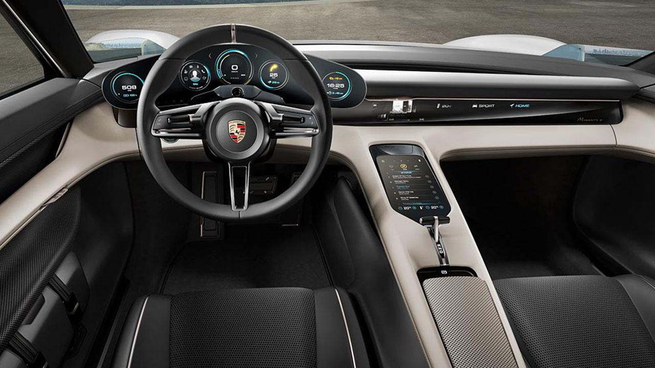 Porsche Taycan Misson E -  Cockpit