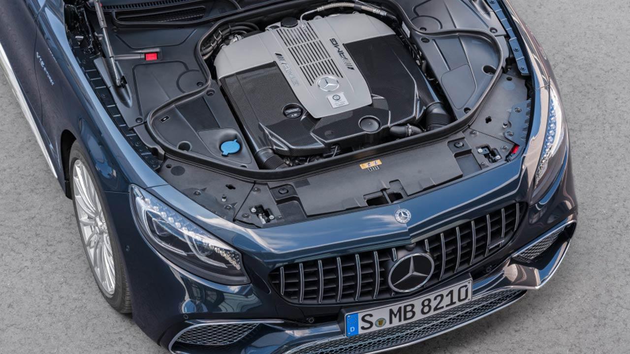 Mercedes-AMG S 65 Cabrio - mit offener Motorhaube