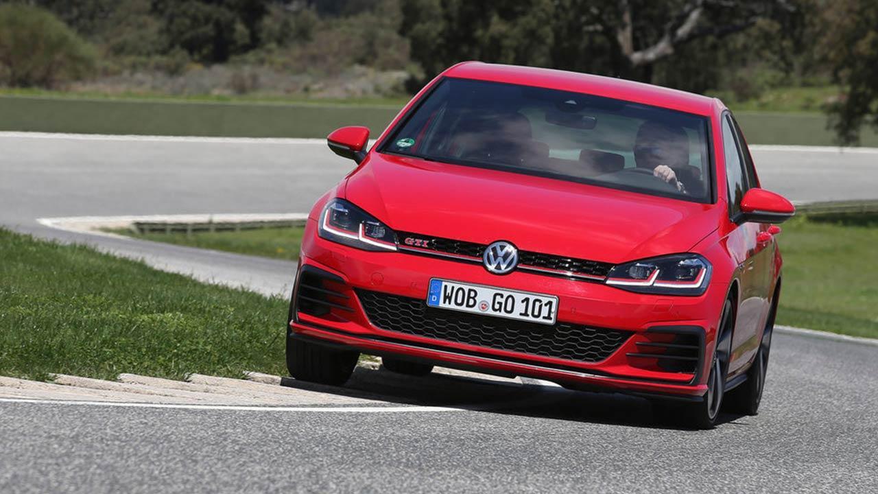 Volkswagen Golf GTI - in voller Fahrt