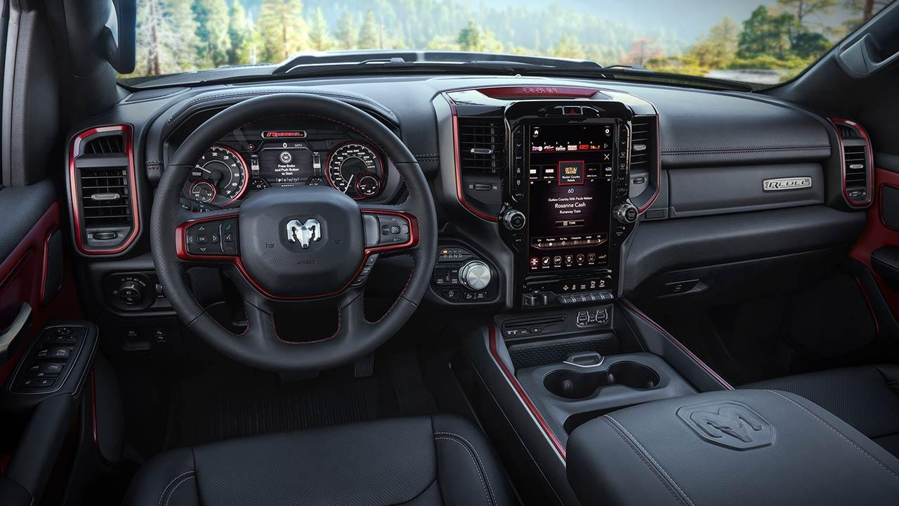 Dodge Ram - Cockpit