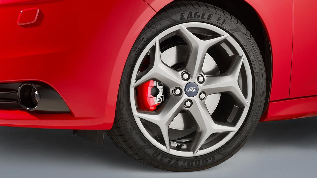 Ford Focus ST - Vorderreifen