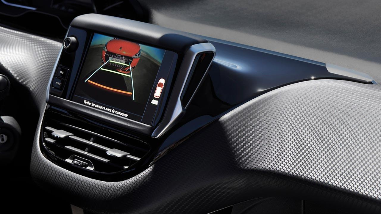 Peugeot 208 - Monitor