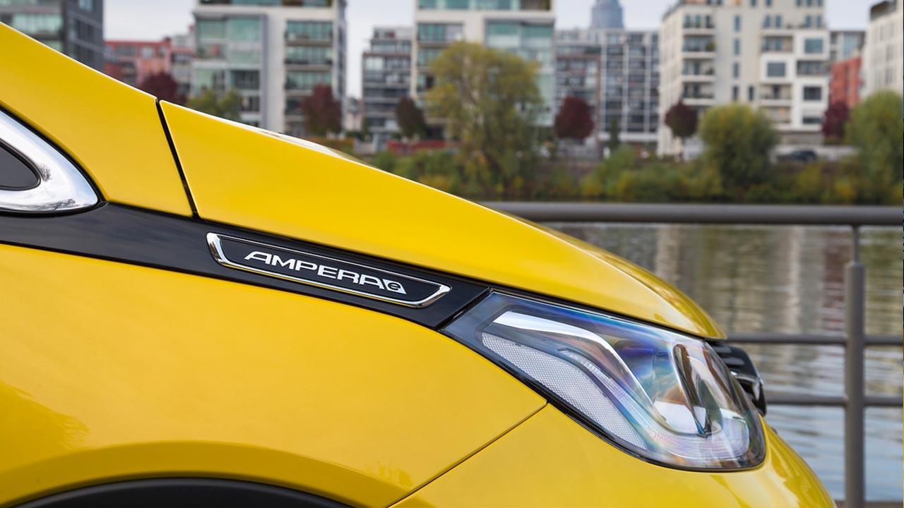 Opel Ampera-e - Schriftzug