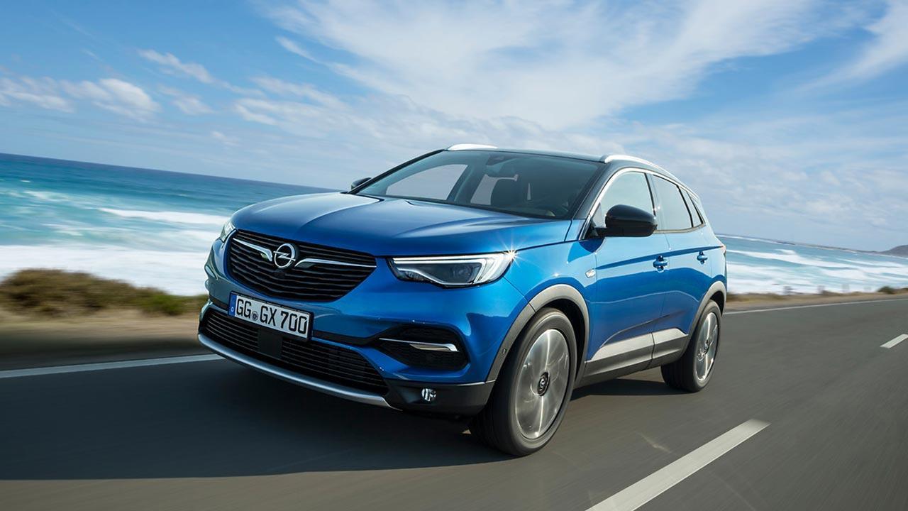 Opel Grandland X - in voller Fahrt