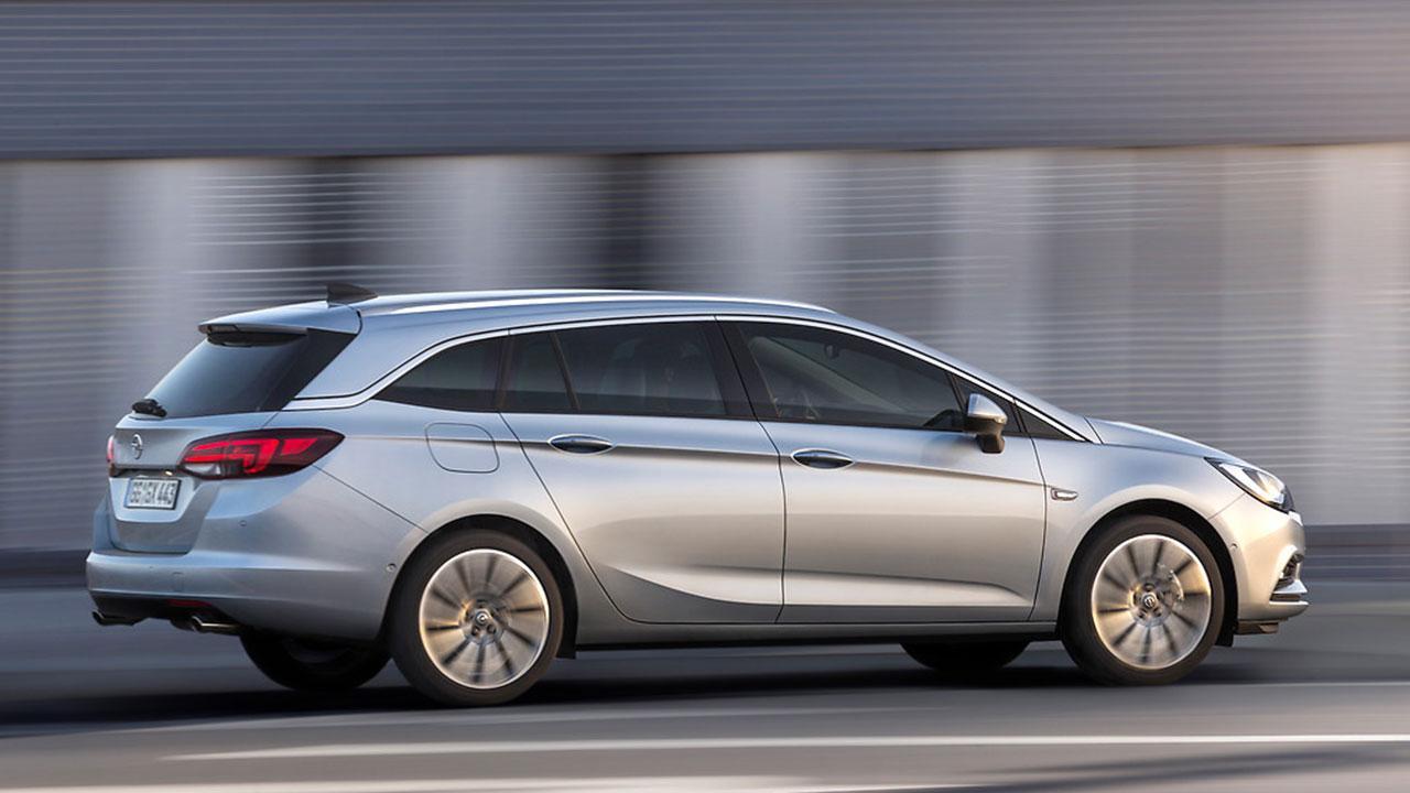 Opel Astra Sports Tourer - Seitenansicht