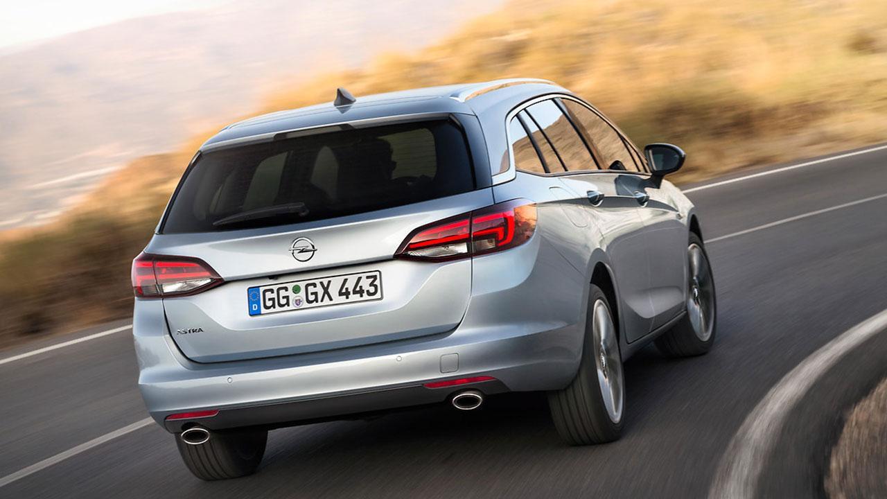 Opel Astra Sports Tourer - Heckansicht
