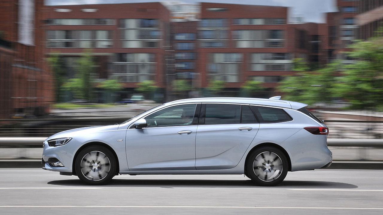 Opel Insignia Sports Tourer - Seitenansicht