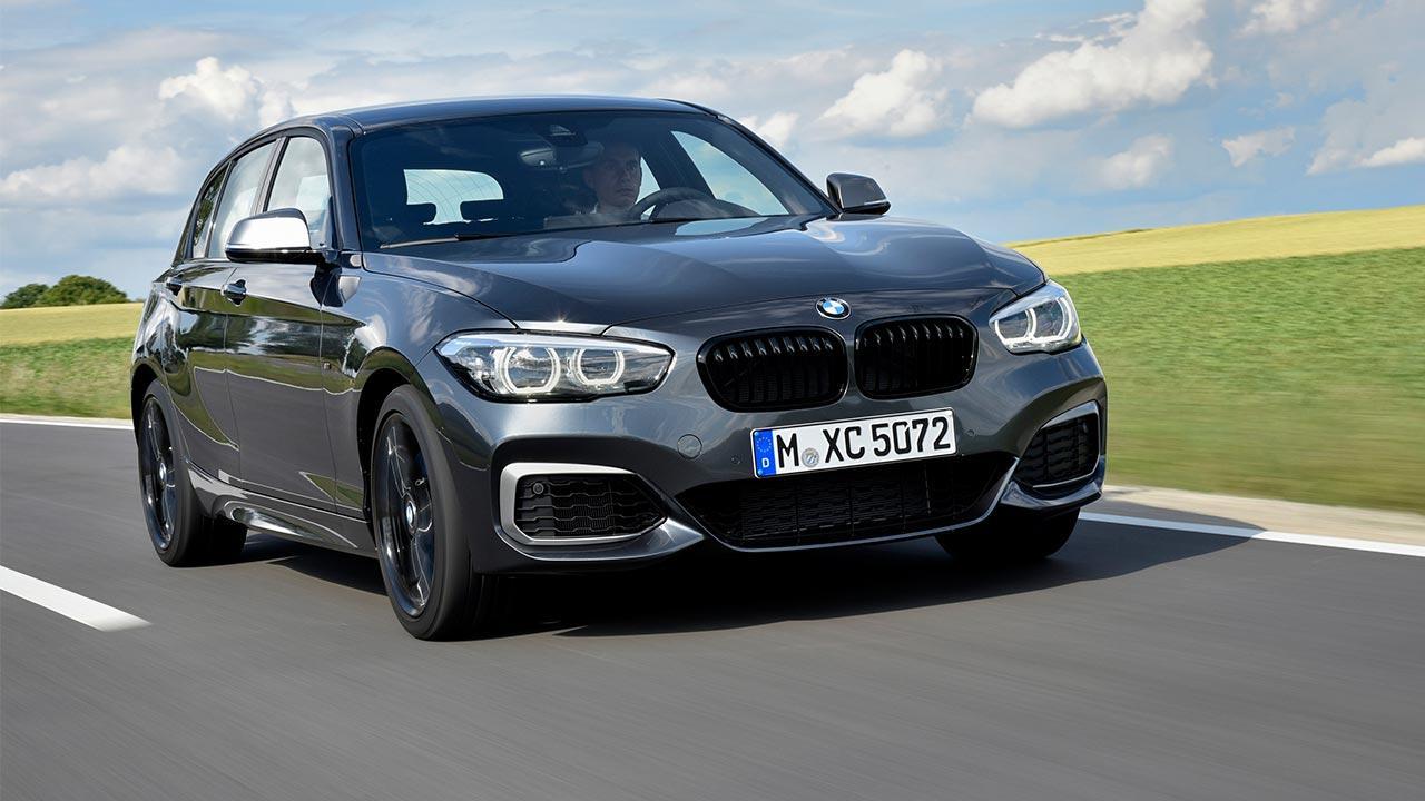 BMW 1er 5-Türer - in voller Fahrt
