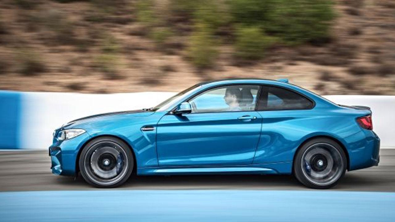 BMW 2er M240i - Seitenansicht