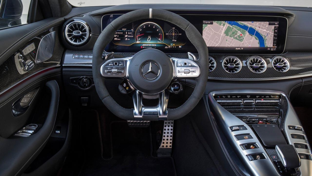 Mercedes-AMG GT 4-Türer Coupé - Cockpit