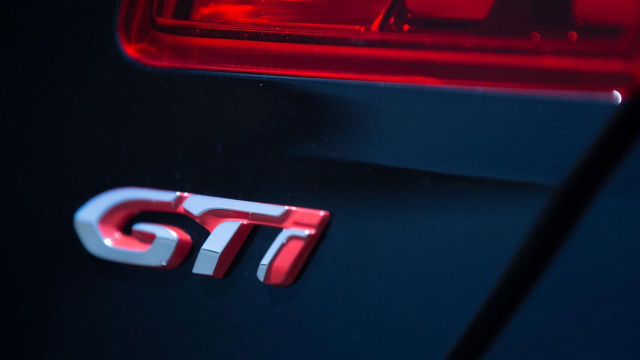 Peugeot 308 GTi - Schriftzeichen