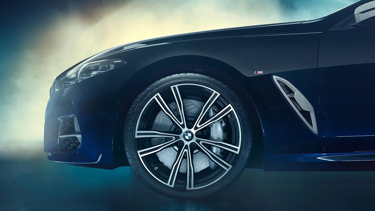 BMW M850i xDrive Coupé Night Sky - Vorderrad