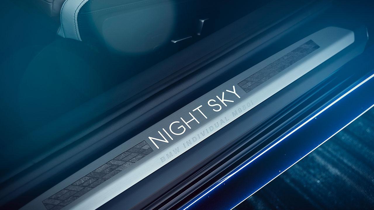 BMW M850i xDrive Coupé Night Sky - Einstiegsleiste