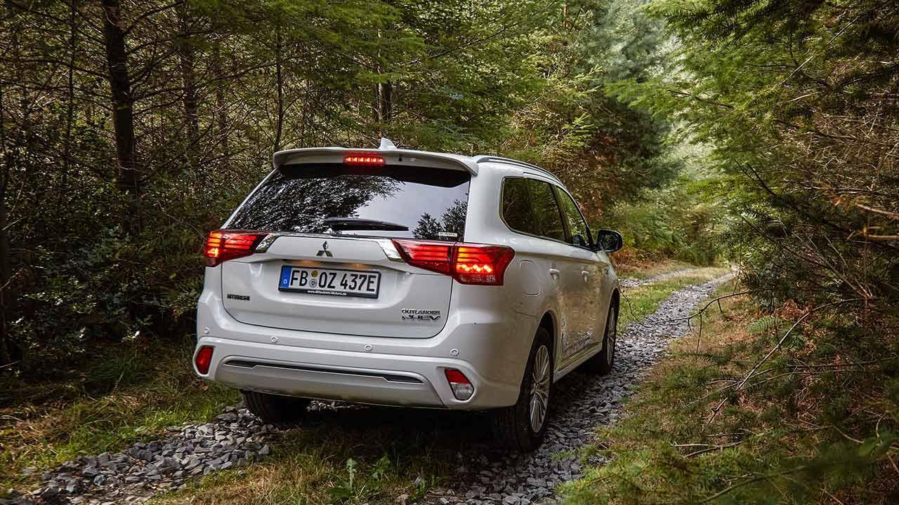 Mitsubishi Outlander Plug-in Hybrid - Heckansicht
