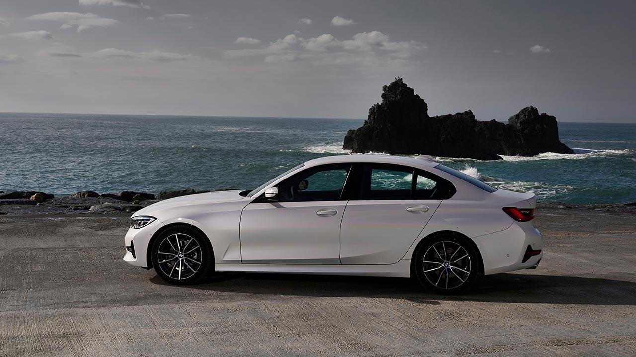 BMW 3er Limousine - am Strand