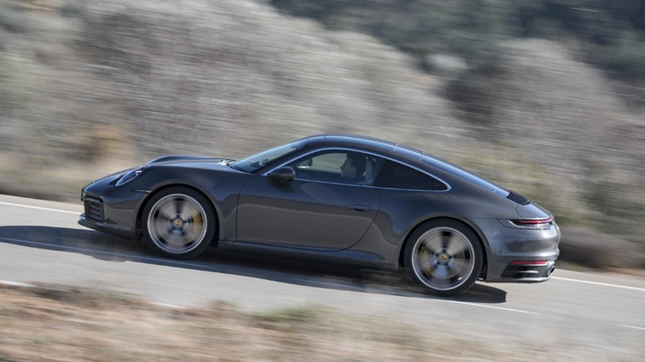 Porsche 911 Carrera (992) - Seitenansicht