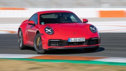 Porsche 911 Carrera (992)