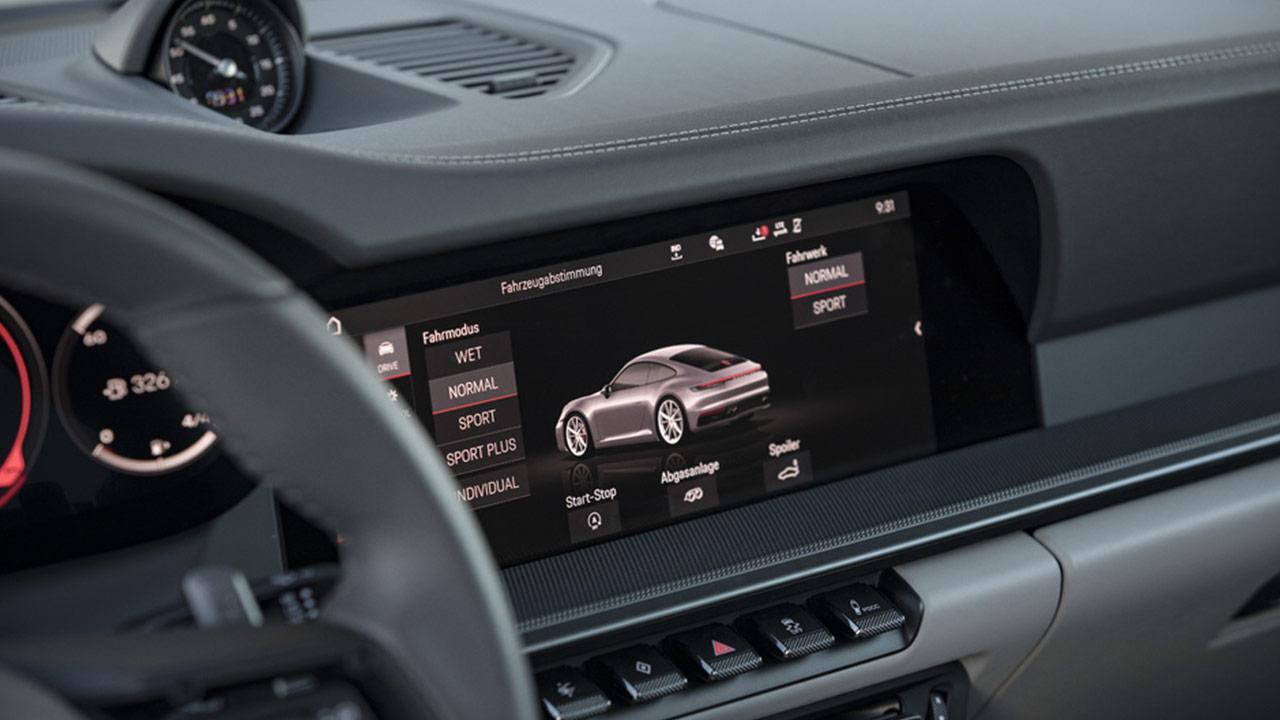 Porsche 911 Carrera (992) - Bordcomputer Bildschirm