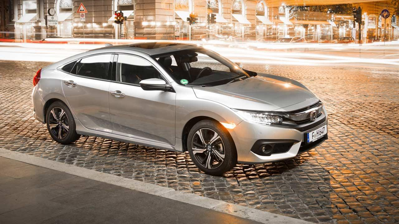 Honda Civic - in der Stadt