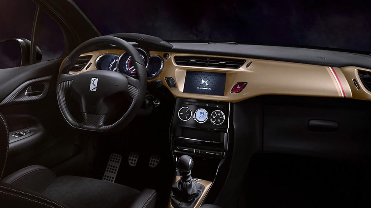 DS Automobiles DS 3 - Cockpit