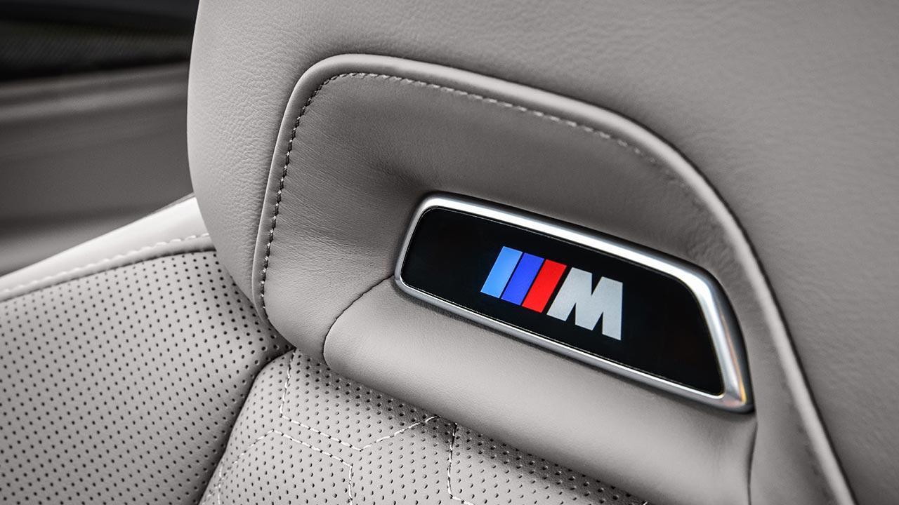 BMW X4 M - Emblem