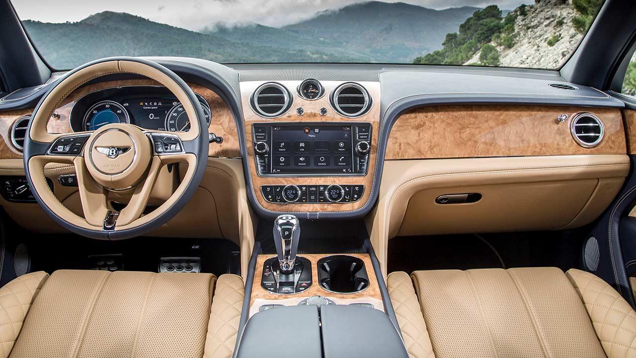 Bentley Bentayga - Cockpit