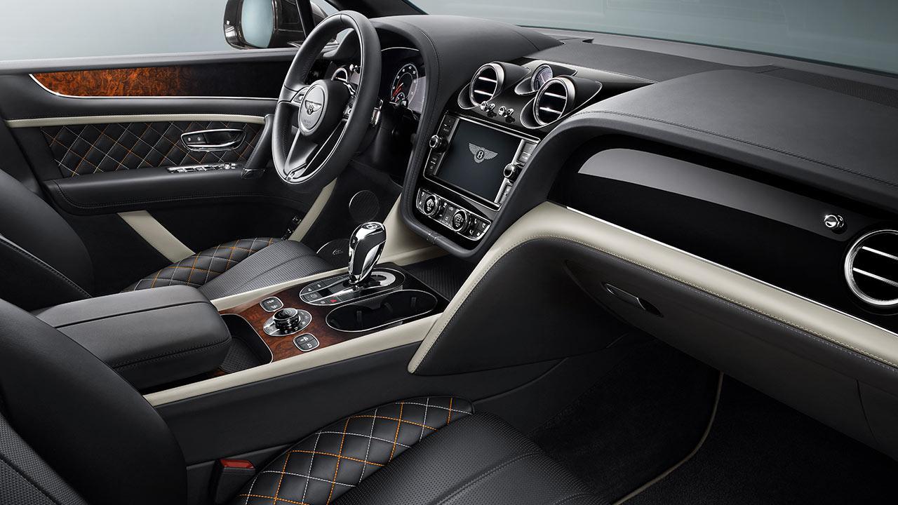 Bentley Bentayga Mulliner - Cockpit