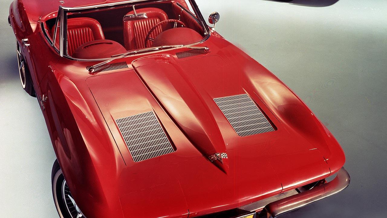 Chevrolet Corvette C2 Sting Ray - Motorhaube