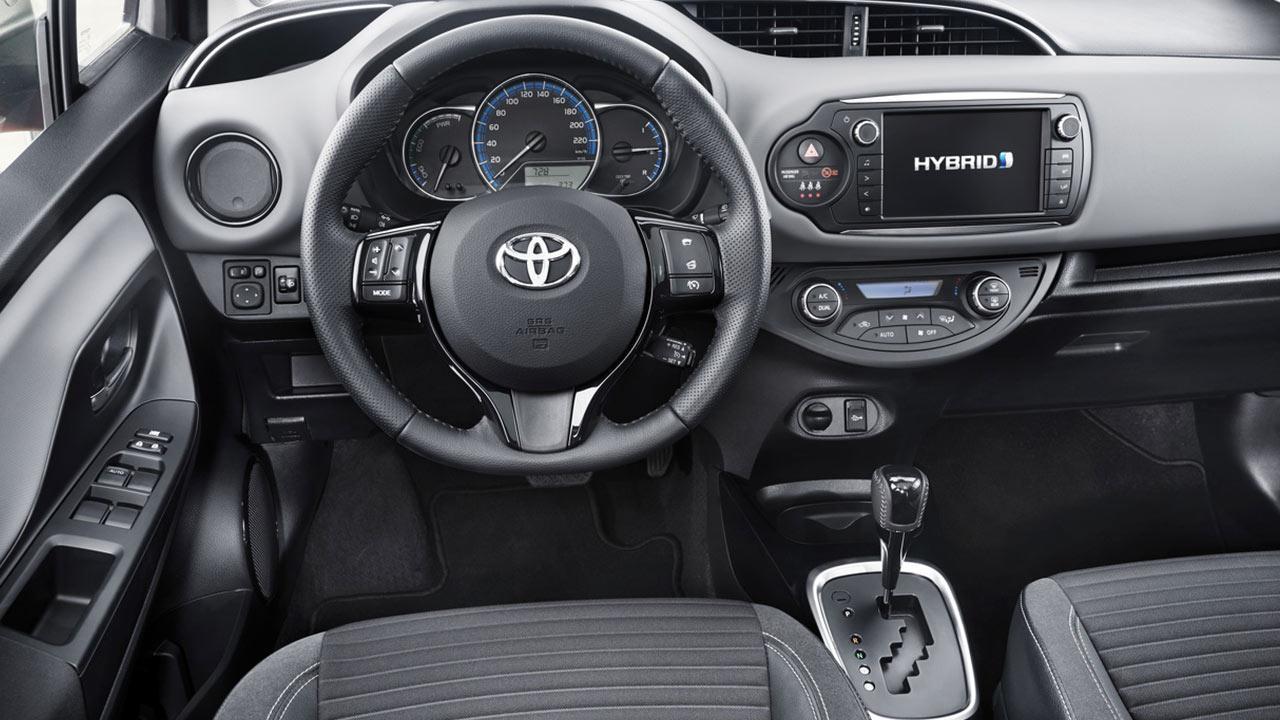 Toyota Yaris - Cockpit
